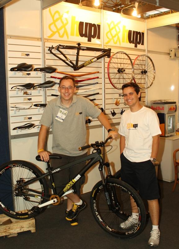 HUPI Bikes na primeira feira com a primeira bike montada em 2011